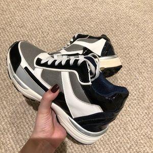 VINTAGE dad sneakers